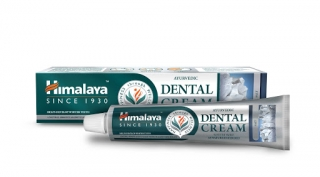 Himalaya Herbals Dental Cream se solí